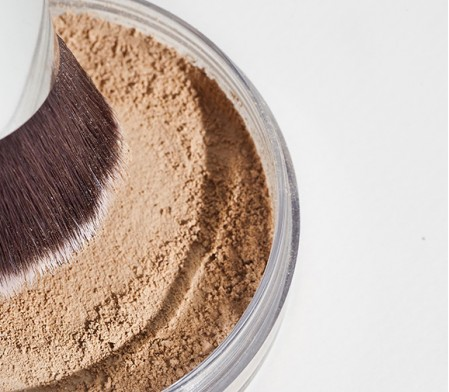 How to apply mineral powder foundation?